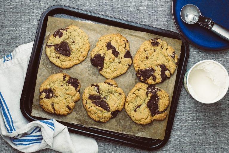 The best vegan chocolate chip cookies