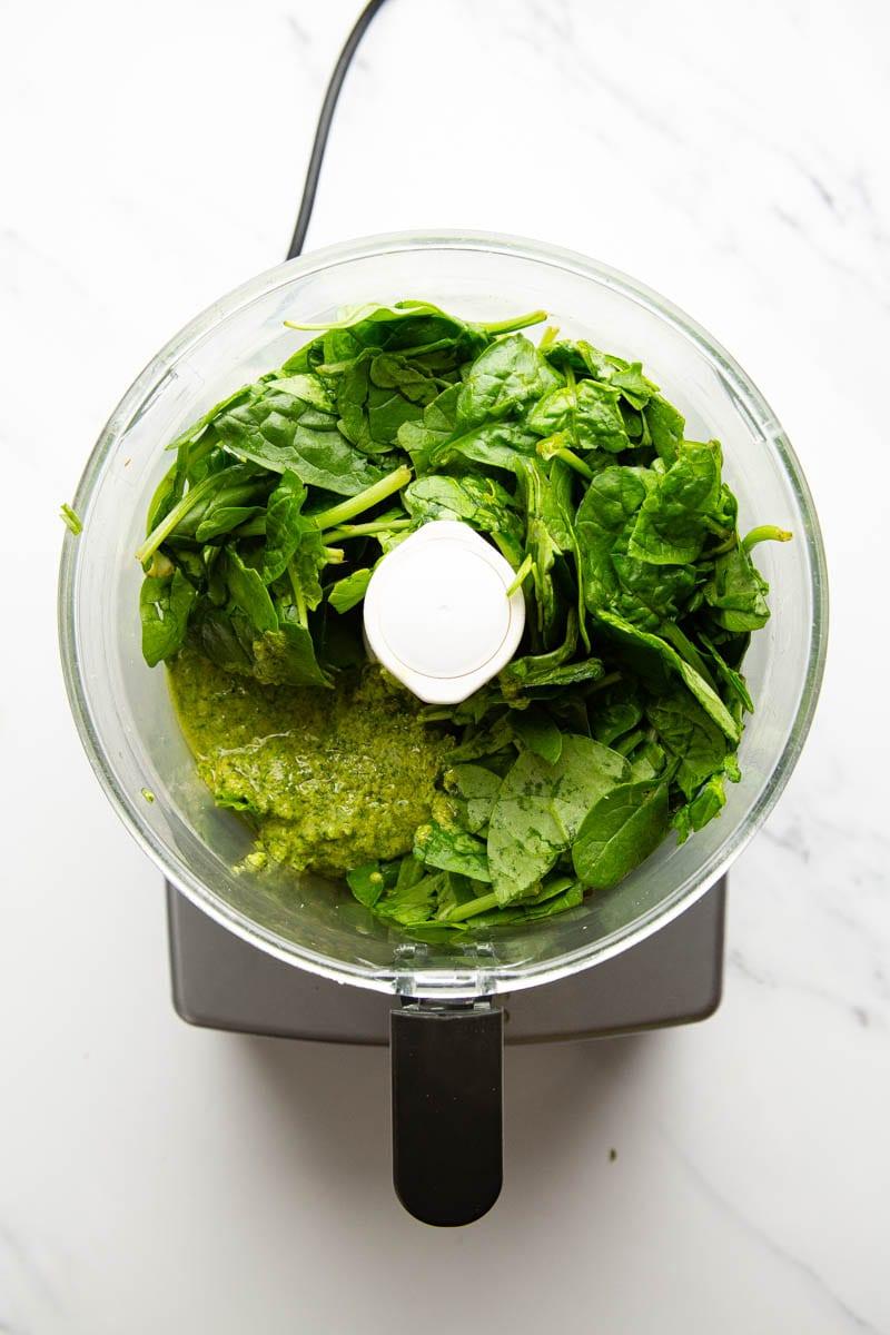 spinach in pesto